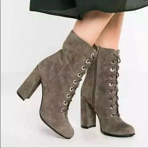 NWOB Vince CamutoTeisha Lace Up Booties
